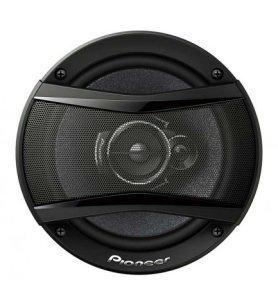 Pioneer TS-A1733I - Altavoces de coche, coaxiales, diámetro 17 cm, tres vías, potencia 300w, sonido preciso, graves poderosos