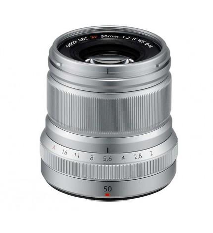 Fujifilm XF 50mm F/2.0 R WR - Objetivo, rendimiento óptico avanzado, diseño compacto, ligero, autofoco rápido, color Plata