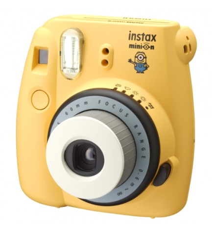 Fujifilm Instax Mini 8 Minion - Cámara instantánea, flash incorporado, color Minion